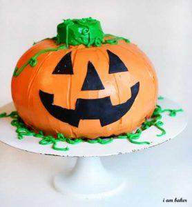 Halloween Pumpkin Cake {Surprise Inside Cake}