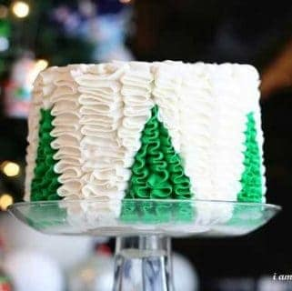 Christmas Tree Ruffle Cake {Surprise Inside Cake!}