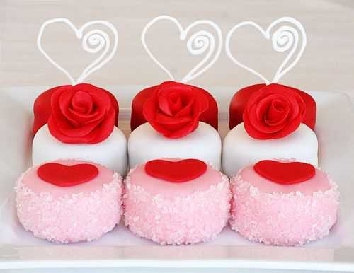 pink and flower shape cookies