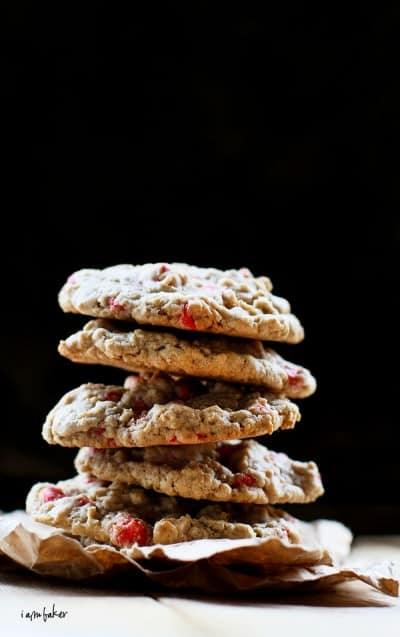 rp_2012_06_08_999_35.cherry-chocolate-chip-oatmeal-cookies-400x637.jpg