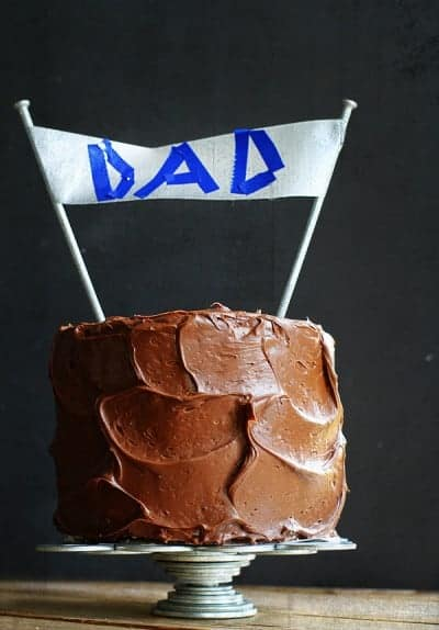 2012_06_15_999_15.fathers-day-cake-400x574