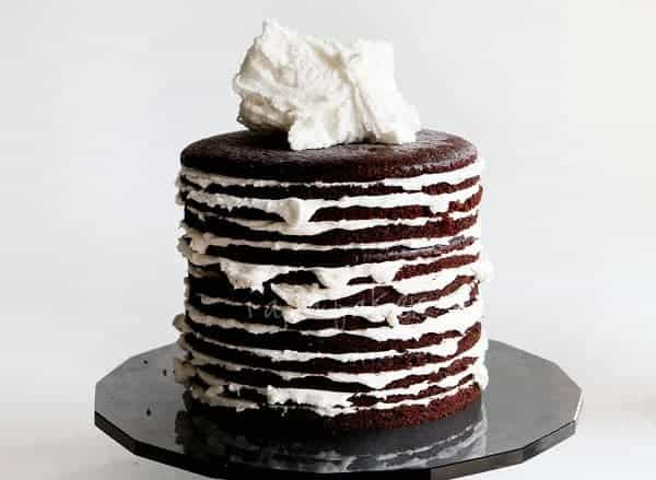 How to Build a Layer Cake - i am baker