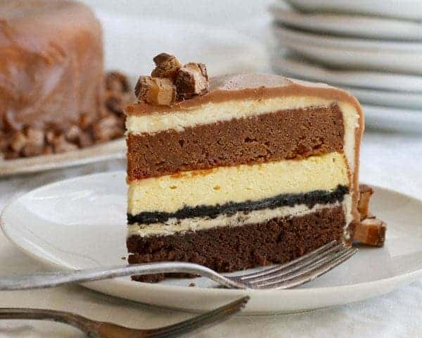 White Chocolate Cheesecake and Chocolate Milky Way Cake ...