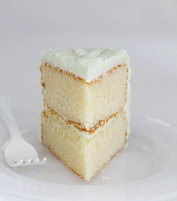 The Perfect {Bakery Style} White Cake | i am baker