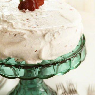 Strawberry Lemonade Cake {Generous Table}