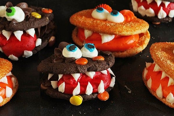 Monster Cookies {Full Tutorial} #halloween #cookies #buttercream