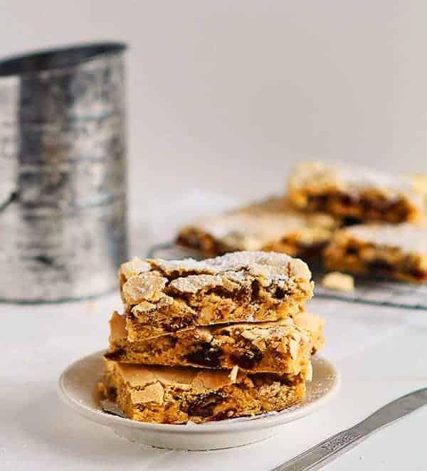 Roasted Cinnamon Date Bars #dessertweek