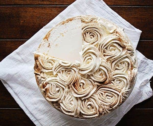 Pumpkin Pie Rose Cake! The perfect way to jazz up pumpkin pie!