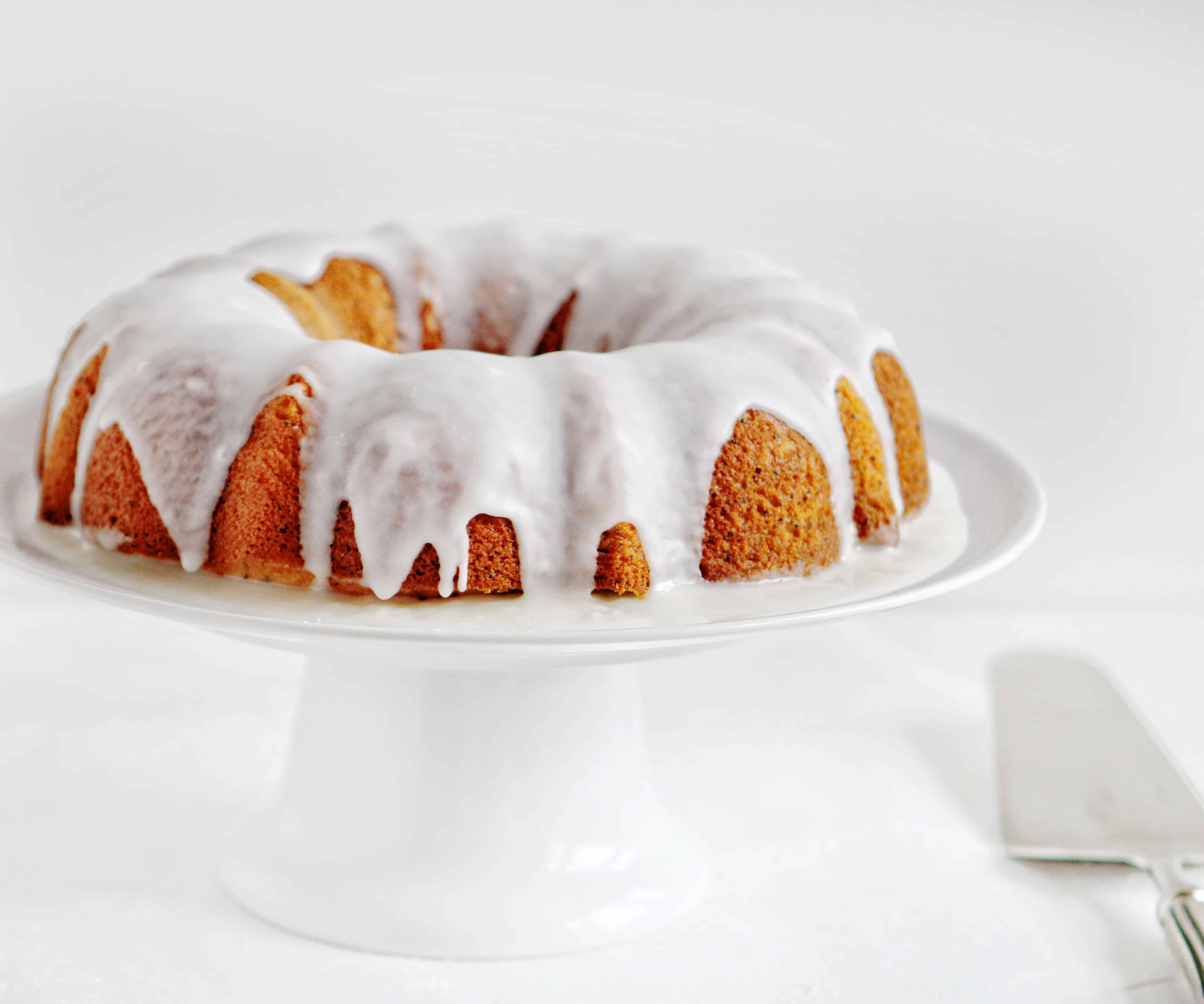 Vanilla Poppyseed Cake with Raspberry