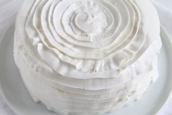 How to Make a Ruffle Cake in Five Minutes!