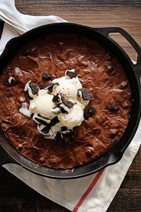Oreo Brownie in a Skillet
