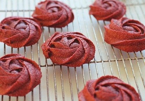 Red Velvet Rose Cookie