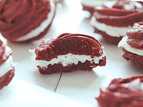 Red Velvet Rose Cookie