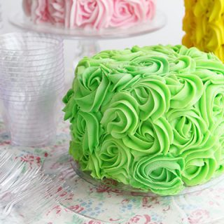 Rose Cake Party