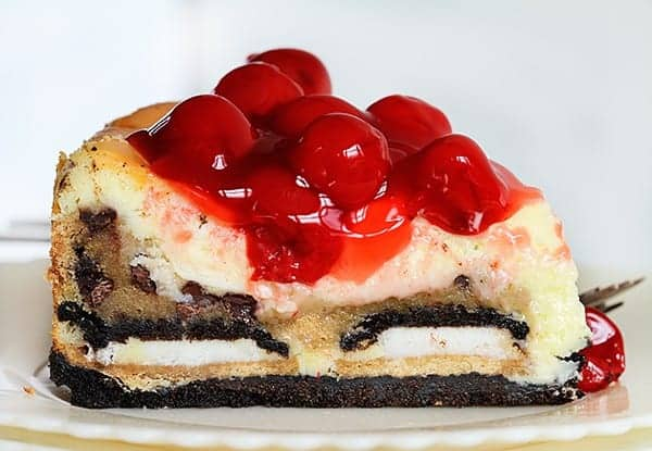 Cherry Cheesecake with Oreo and Chocolate Chip Cookie!