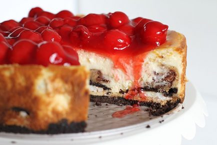 Cherry Cheesecake with Oreos and Chocolate Chip Cookie!