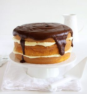 boston cream pie surprise inside cake™