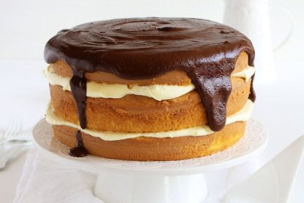 Boston Cream Pie Surprise Inside Cake™