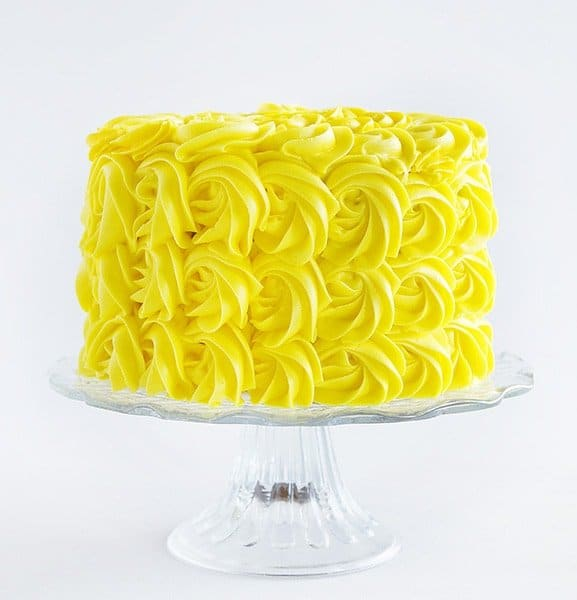 How to Make a Yellow Rose Cake!