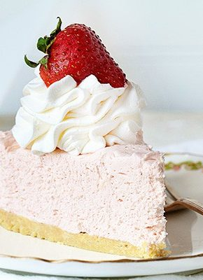 No Bake Strawberry Cheesecake #summerdessert #strawberry #cheesecake