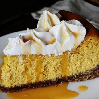 Pumpkin Cheesecake with Chocolate Crust