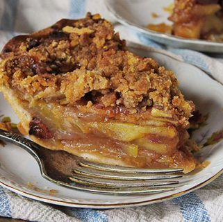 french apple-cranberry pie