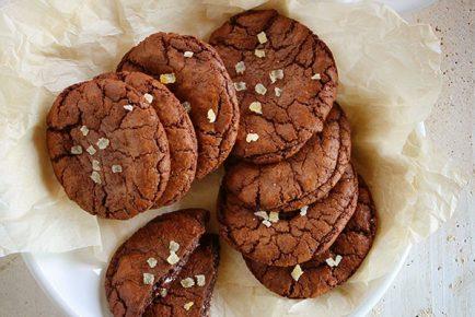 Chocolate Caramel Ginger Cookies!