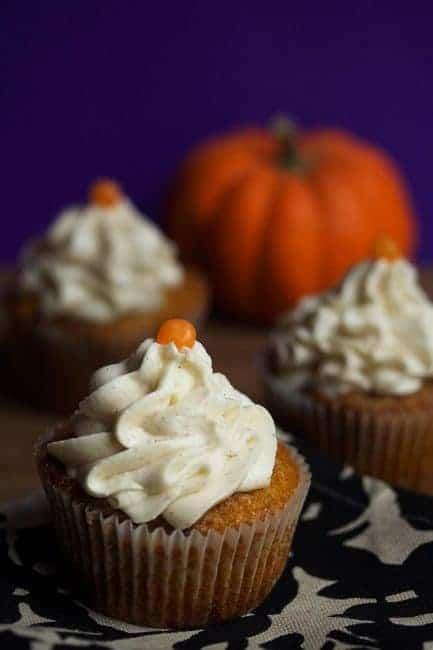Pumpkin Cinnamon Roll Cupcakes