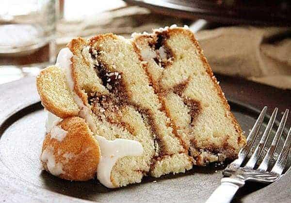 http://iambaker.net/wp-content/uploads/2015/01/donut-cake-2.jpg