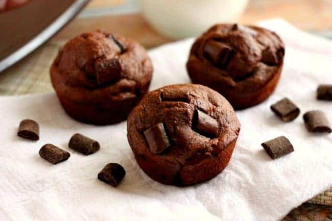 double-chocolate-chunk-muffins-FG2