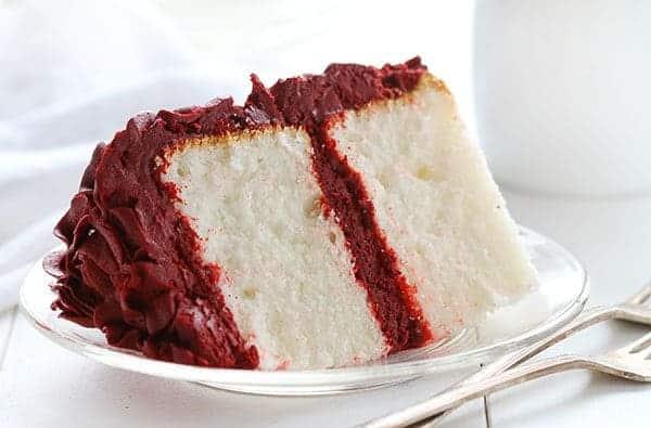 http://iambaker.net/wp-content/uploads/2015/02/red-velvet-cake-1.jpg