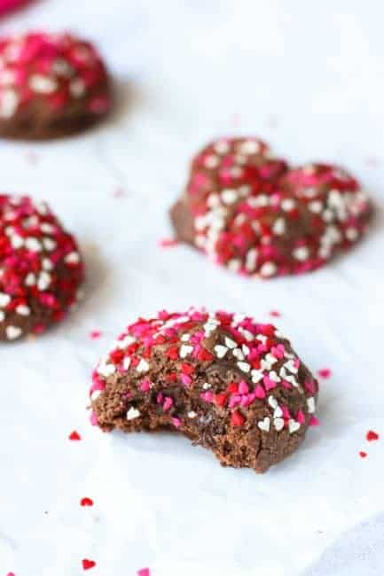 valentines-day-double-chocolate-cookies-600900