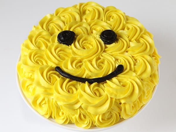 Smiley Face Yellow Rose Cake!