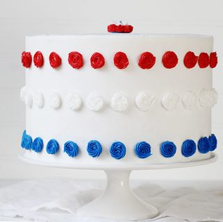 Red, White, & Blue Cake {Patriotic Cake}