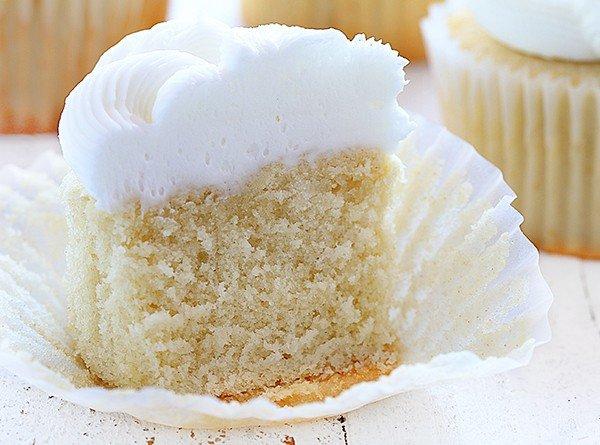 Elegant White Cupcake!