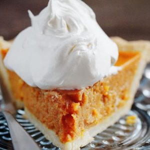 Grandma's Simple Pumpkin Pie (fast, easy, delicious!)