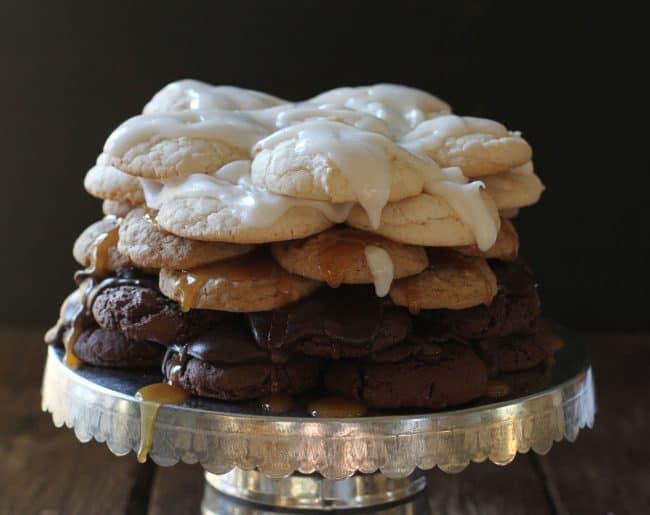How to make a COOKIE Cake!