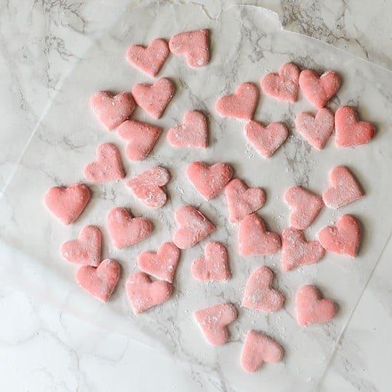 heart-marshmallow-SQUARE-1-550