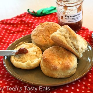 My Grandma's Southern Biscuits