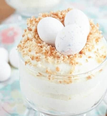 http://iambaker.net/wp-content/uploads/2016/01/white-chocolate-mousse-easter-recipe-4.jpg