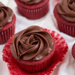 chocolate rose red velvet cupcakes