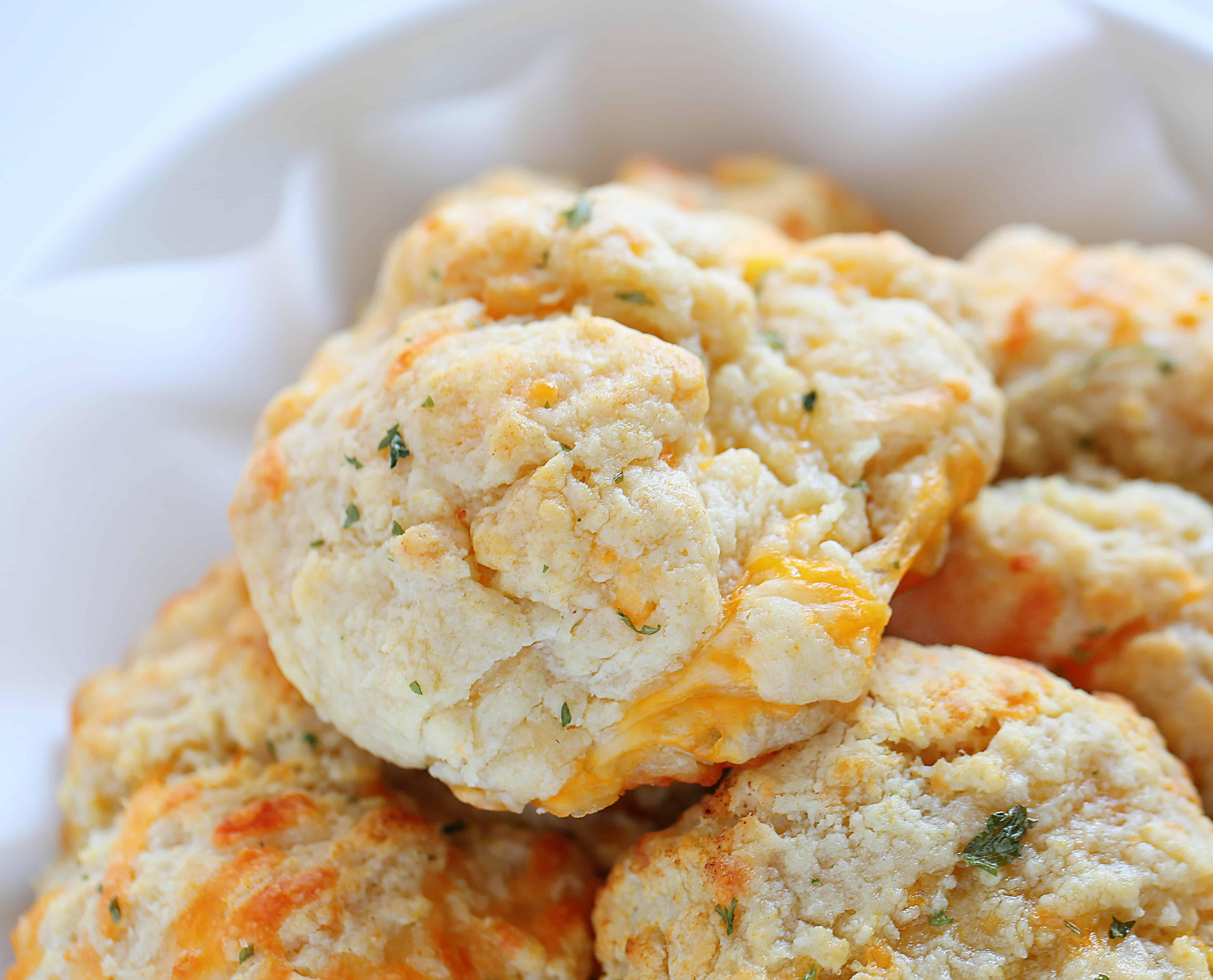 Cheesy Garlic Biscuit Recipe
