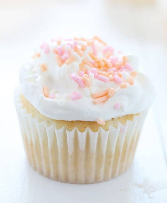 http://iambaker.net/wp-content/uploads/2016/03/Easter-Cupcakes-533x650.jpg