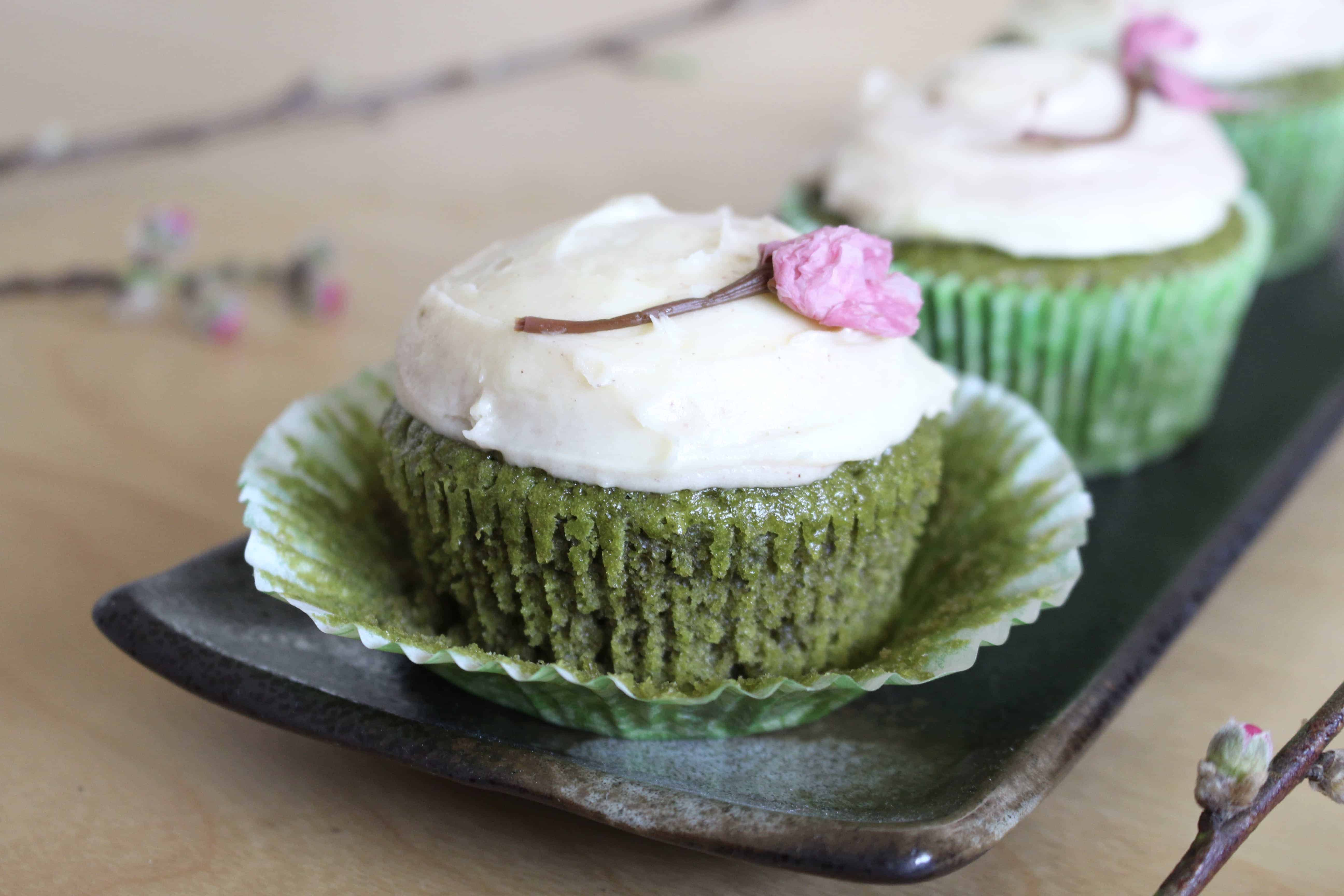 Carrot Cupcakes With White Chocolate Cream Cheese Icing Recipes ...