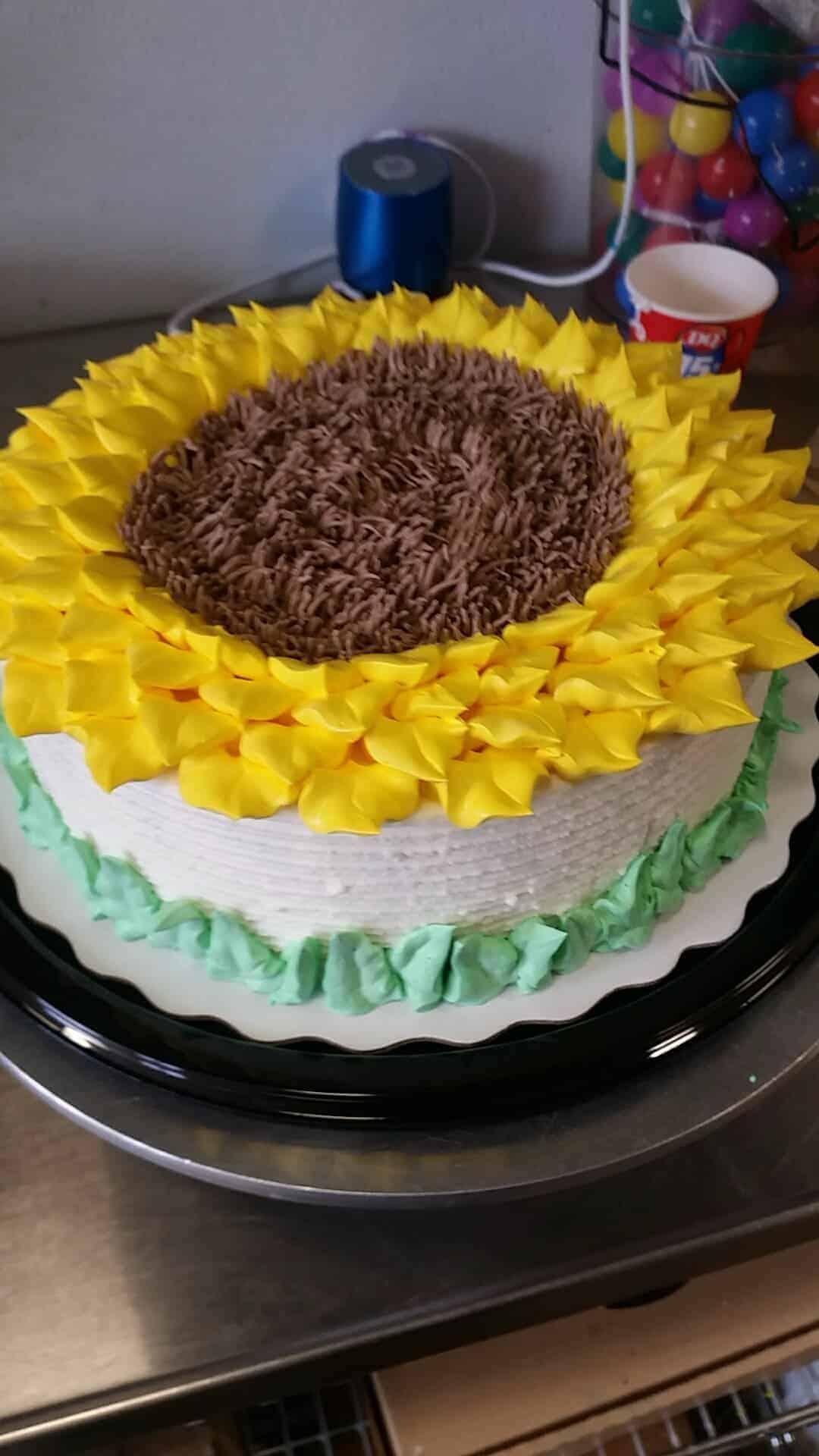 Sunflower Cake - i am baker