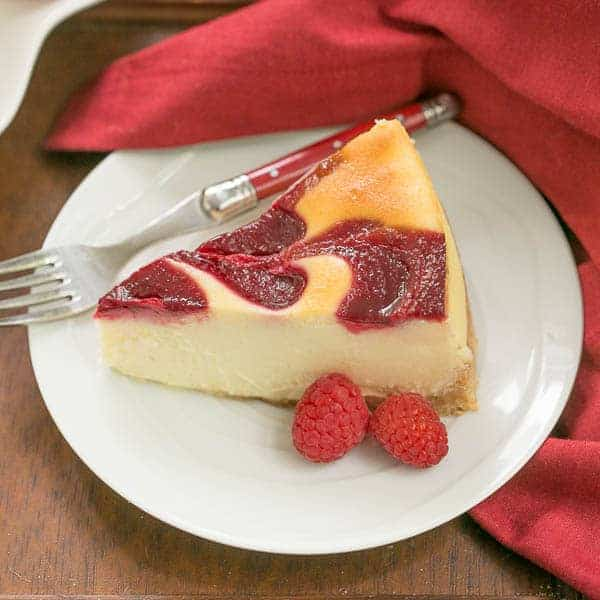 http://iambaker.net/wp-content/uploads/2016/05/White-Chocolate-Raspberry-Swirl-Cheesecake-10.jpg