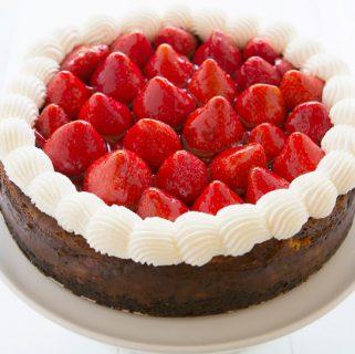 Rhubarb Strawberry Cheesecake