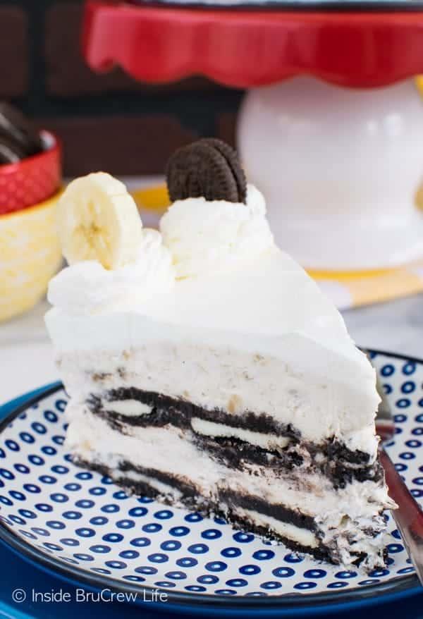 Chocolate Oreo Banana Pudding Cake