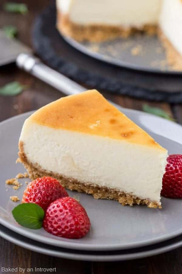 can cheesecake be left out