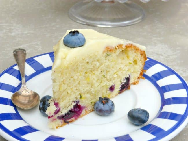 http://iambaker.net/wp-content/uploads/2016/08/Bluberry-and-Courgette-Cake-with-Lemon-Buttercream13-650x488.jpg